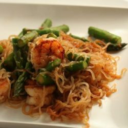 Asparagus, prawn and miracle noodles